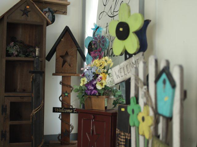 rustic backyard birdhouse and decor