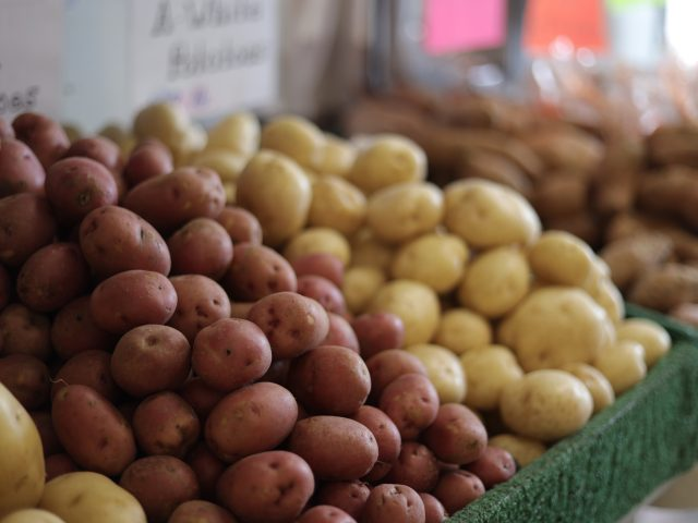 different types of potatoes for sale